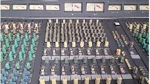高密度・高音質・総合音響